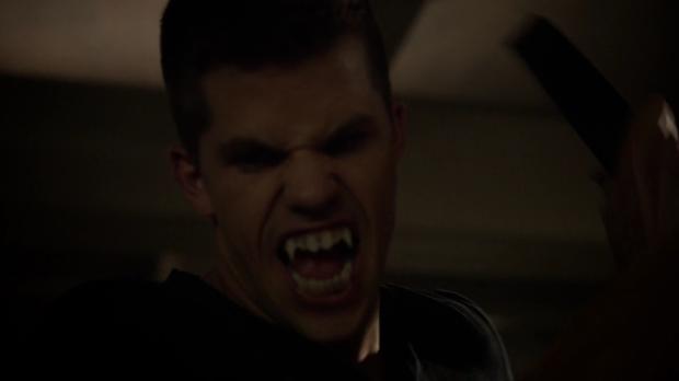 Official Teen Wolf Season 3 Trailer.mp40719