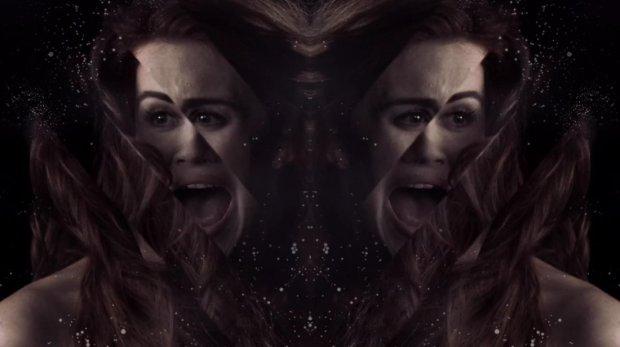 lydia mirrored